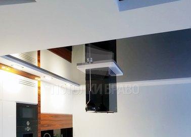 Двухцветный матово-глянцевый натяжной потолок для кухни НП-968
