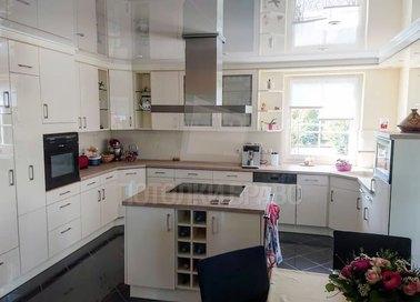 Белый натяжной потолок для кухни НП-997