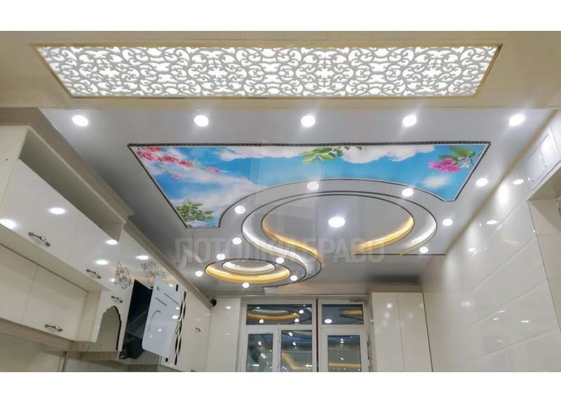 Сложный матовый натяжной потолок для кухни НП-999