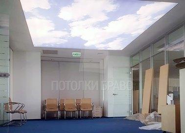 Матовый небесный натяжной потолок для офиса НП-1051