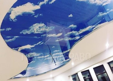 Матовый натяжной потолок с рисунком неба в форме волны НП-1067