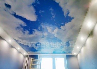 Матовый небесный натяжной потолок с подсветкой НП-1070