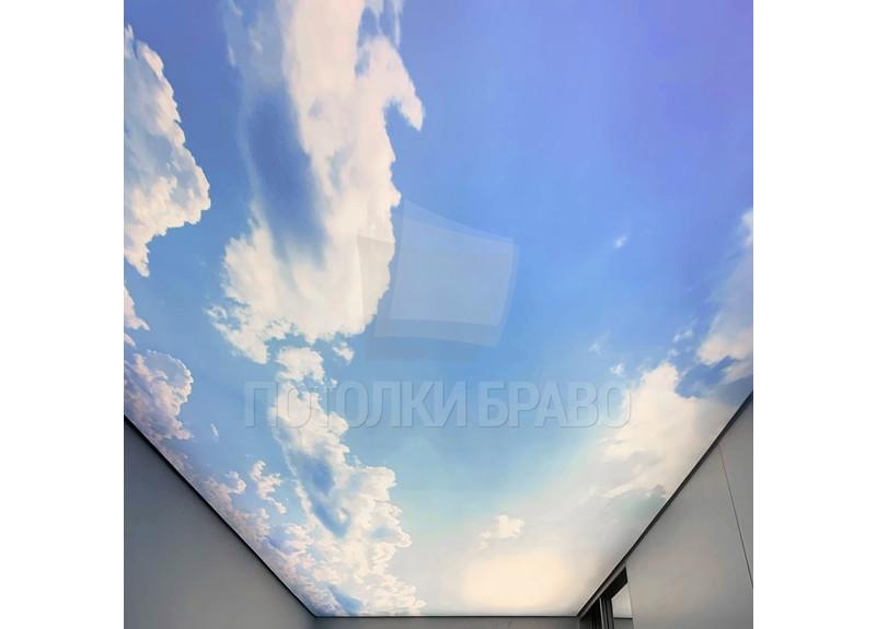 Матовый натяжной потолок с фото-рисунком неба для коридора НП-1083