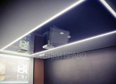 Синий глянцево-матовый натяжной потолок для офиса НП-1126