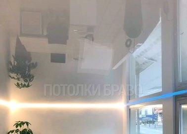 Глянцевый натяжной потолок с подсветкой для офиса НП-1131 - фото 2