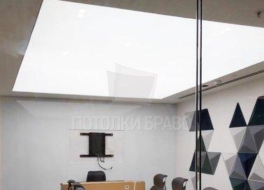 Квадратный матовый натяжной потолок для офиса НП-1137