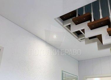Обычный матовый натяжной потолок для коридора НП-1150