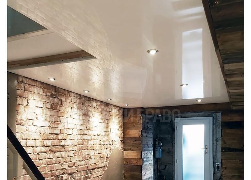 Бежевый зеркальный натяжной потолок в стиле Лофт НП-1160