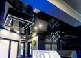 Стильный черно-синий натяжной потолок для холла НП-1207