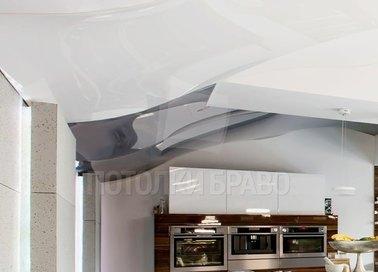 Необычный белый глянцевый натяжной потолок НП-1208 - фото 3