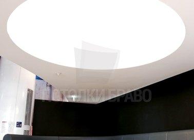 Круглый матовый бежевый натяжной потолок для ресторана НП-1209