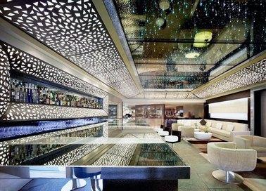 Глянцевый натяжной потолок со звездами для ресторана НП-1229