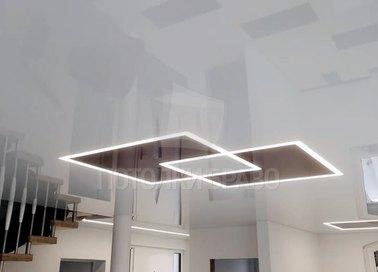 Глянцевый натяжной потолок с подсветкой для прихожей НП-1248