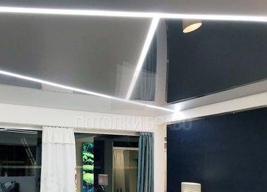 Черный глянцевый матовый натяжной потолок для жилой комнаты НП-1249