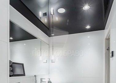 Глянцевый черный натяжной потолок для ванной НП-1278