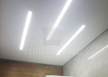 Матовый натяжной потолок с диодными лентами НП-1281