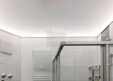 Матовый белый натяжной потолок для ванной комнаты НП-1303