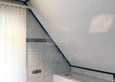 Матовый натяжной потолок под углом НП-1305 - фото 2