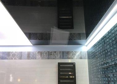 Черно-белый натяжной потолок НП-1328