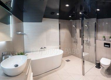 Сложный черный глянцевый натяжной потолок для ванной НП-1331