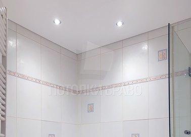 Матовый белый натяжной потолок для ванной комнаты НП-1342 - фото 4