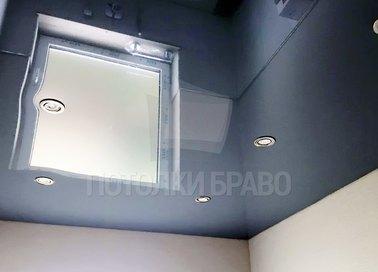 Глянцевый синий натяжной потолок для ванной комнаты НП-1352