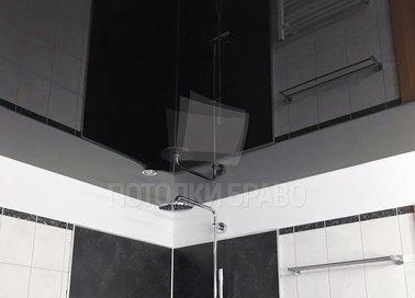 Сложный глянцевый натяжной потолок для ванной комнаты НП-1378 - фото 2
