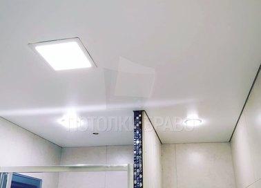Классический матовый натяжной потолок для ванной комнаты НП-1388