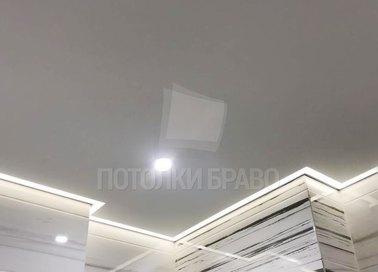 Современный серый матовый натяжной потолок НП-1393