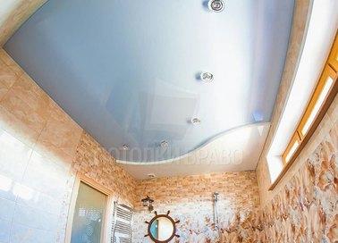 Сложный голубой сатиновый натяжной потолок НП-1407