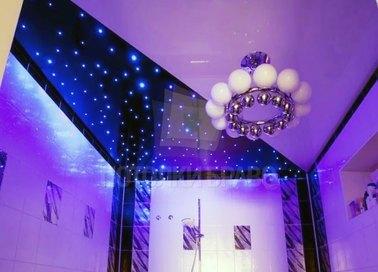Фиолетовый натяжной потолок со звездным небом НП-1409