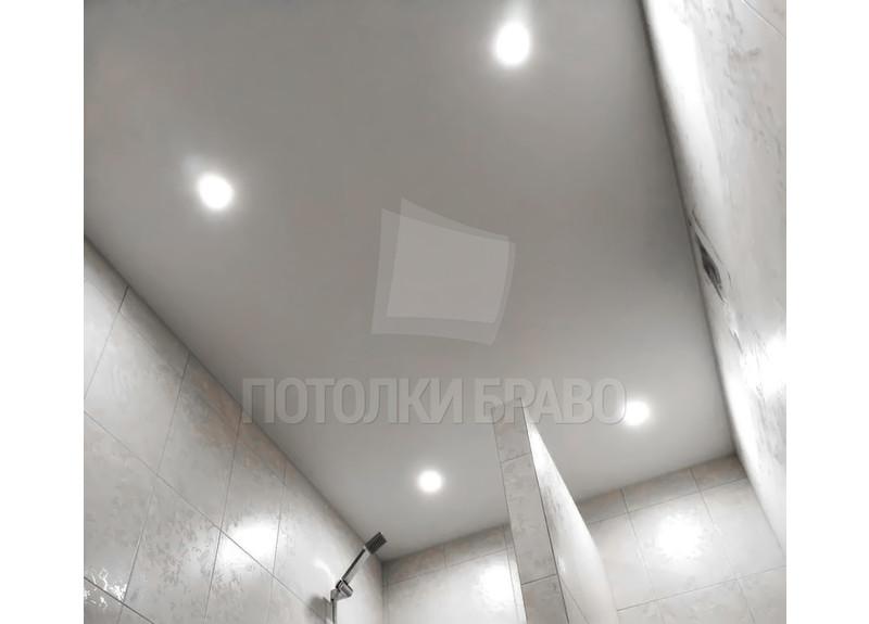 Серый матовый натяжной потолок для ванной комнаты НП-1413