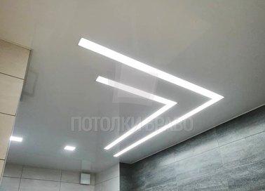 Серый сатиновый натяжной потолок для ванной комнаты НП-1430