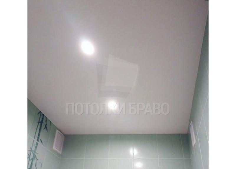 Матовый натяжной потолок для ванной комнаты НП-1435