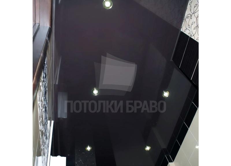 Глянцевый черный натяжной потолок в ванную комнату НП-1450 - фото 2