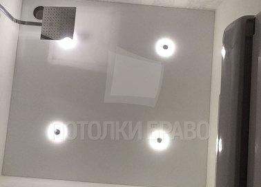 Молочный матовый натяжной потолок для ванной комнаты НП-1463