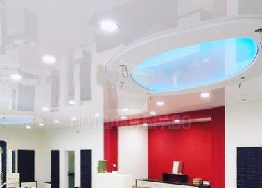 Фактурный натяжной потолок с голубой подсветкой НП-1512