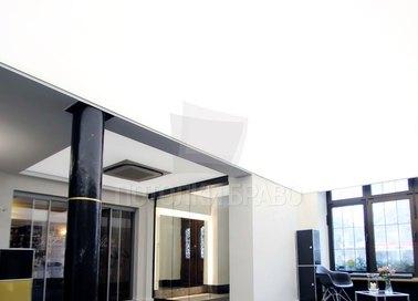 Матовый натяжной потолок с подсветкой для офиса НП-1542