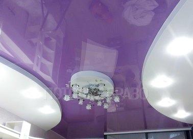Сиренево-белый двухуровневый натяжной потолок НП-1591