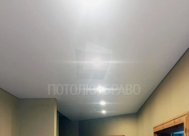 Классический матовый натяжной потолок для коридора НП-1611