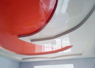 Многоуровневый красно-белый натяжной потолок НП-1618