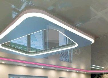 Сложный зеркальный натяжной потолок НП-1644