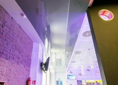 Лавандовый глянцевый натяжной потолок НП-1662