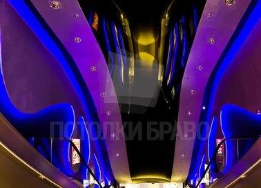 Необычный натяжной потолок для коридора в ресторане НП-1663