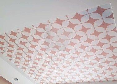 Матовый розово-белый натяжной потолок НП-1676