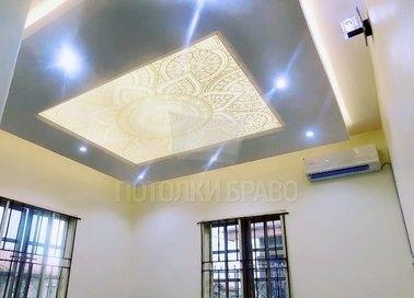 Матовый натяжной потолок в стиле кантри НП-1687