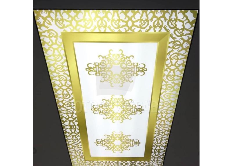 Необычный золотой натяжной потолок с узорами НП-1711