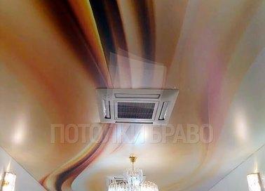 Сатиновый натяжной потолок с коричневыми оттенками НП-1727