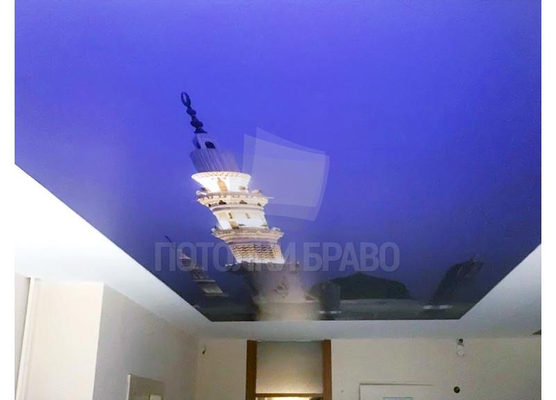 Матовый натяжной потолок с башней на голубом фоне НП-1737 - фото 2