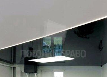 Черно-белый глянцевый натяжной потолок НП-1814